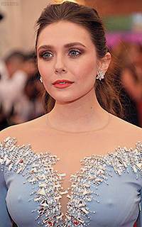 Elizabeth Olsen VwYzR6Fs_o