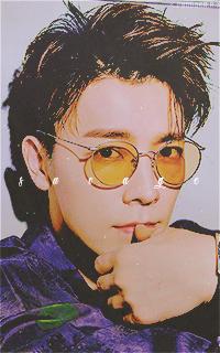 Lee Dong Hae (SUPER JUNIOR) - Page 2 ZaSYjbUY_o