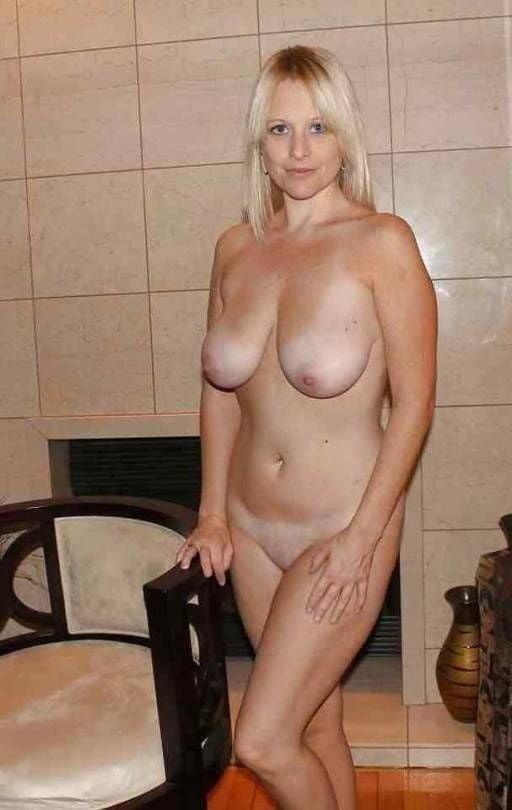 Free pics naked mature women-4054