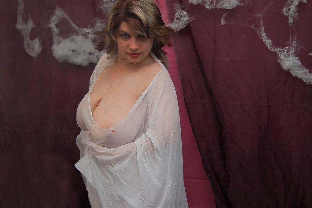 Big tit mature naked-5088