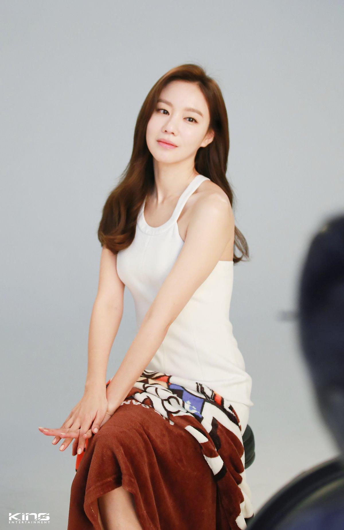 Kim Ah Joong: I Registered Online to Watch Porn   Soompi