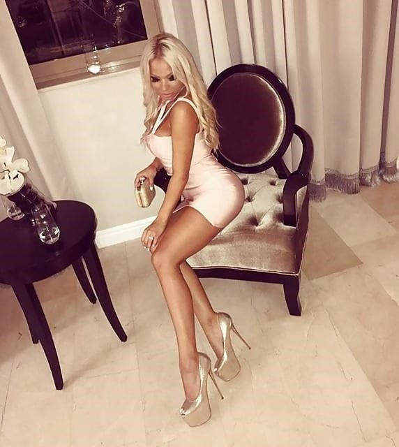 Super sexy blonde porn-9226