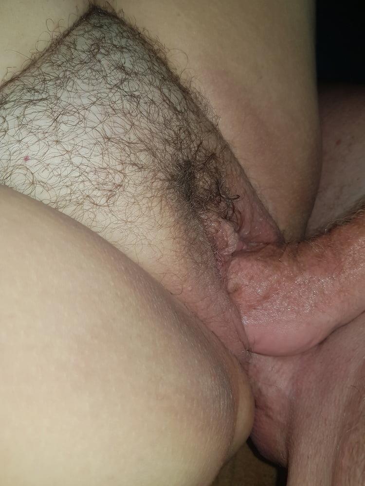 Moms hairy clit-8450