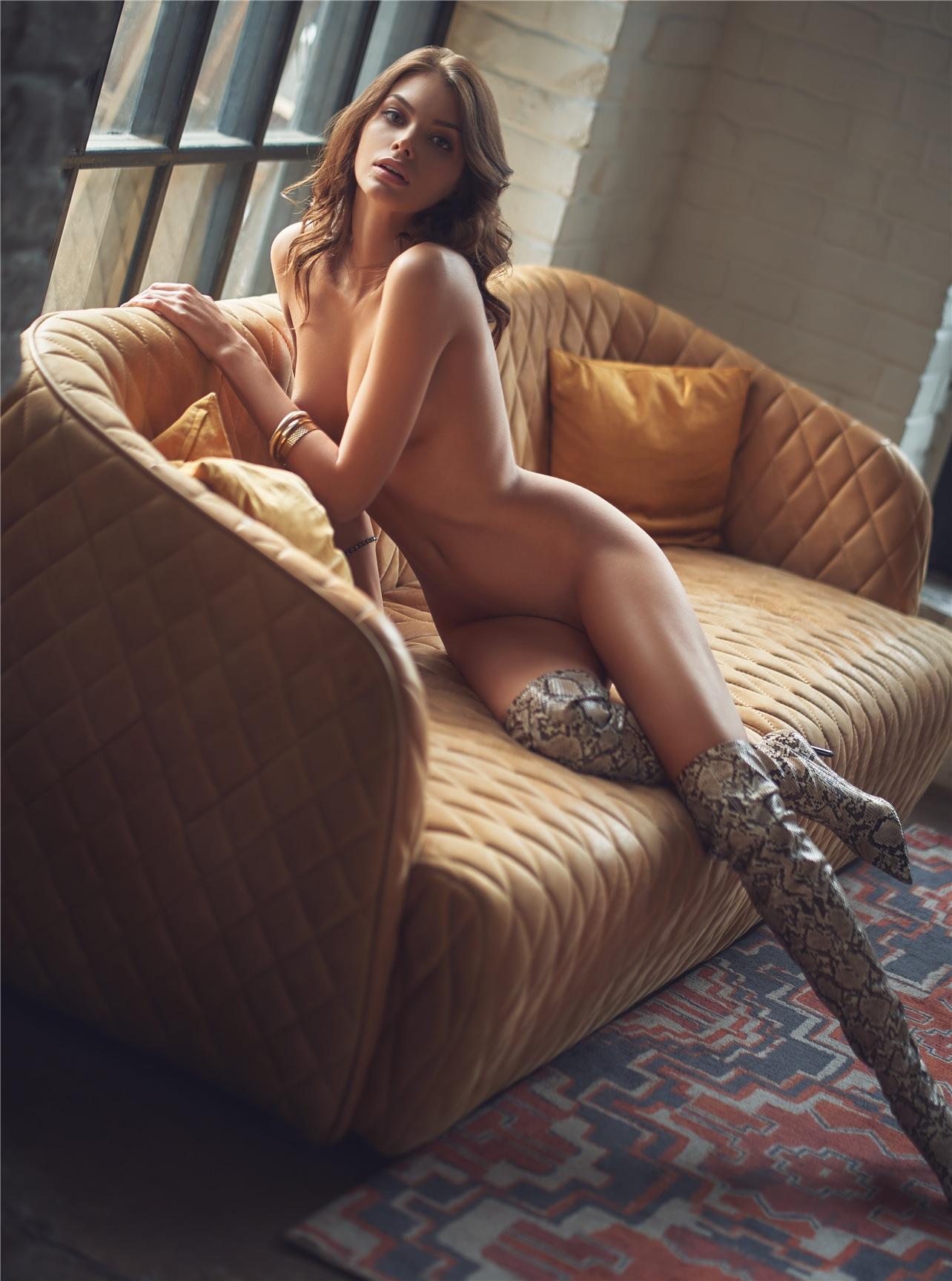 Девушка года Playboy Россия 2018 - Лидия Пономарева, фотограф Рома Петровски