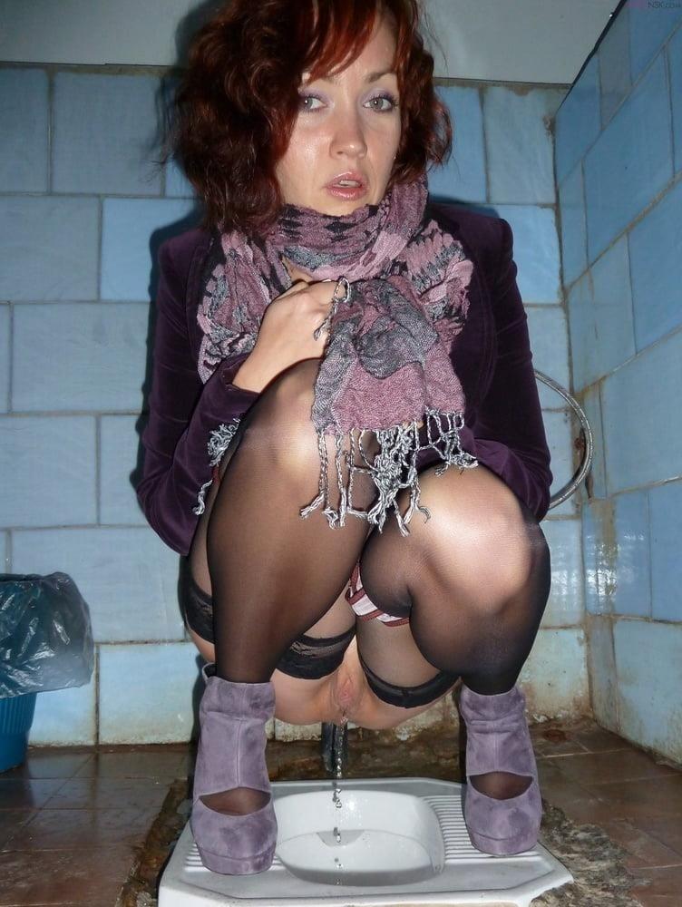 Public toilet fingering-5341