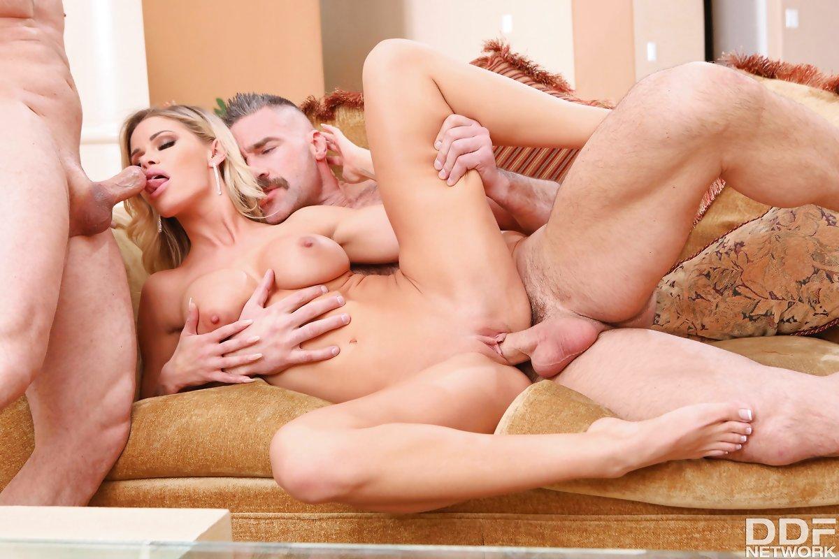 Jessa Rhodes, John Strong, Charles Dera – Glamour Babe's Dirty Desires – DDF Network [HD]