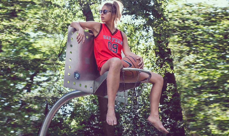 Играем в баскетбол с Марисой Папен / Marisa Papen by Jasper Suyk / Colourful Rebel