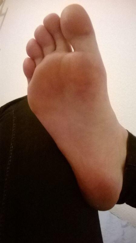 Teacher worship student feet-2558