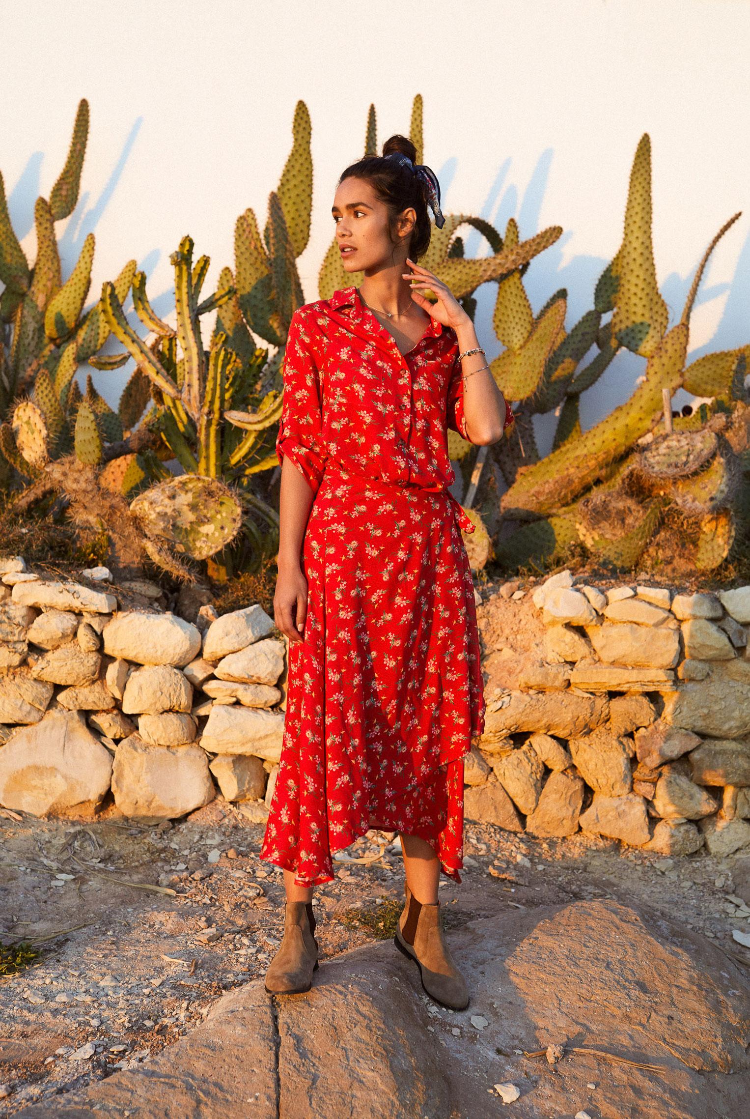 Наринэ Матецкая в модной одежде BananaMoon, коллекция осень/зима 2019/20 / фото 09