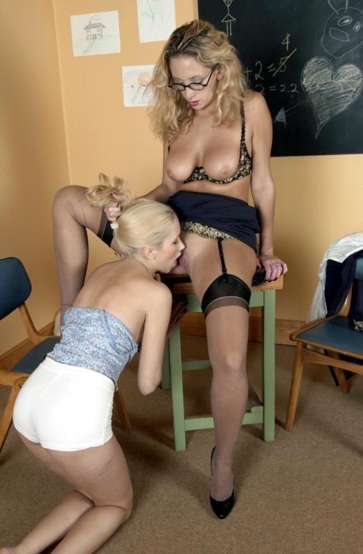 Lesbian teacher seduces straight student-5676