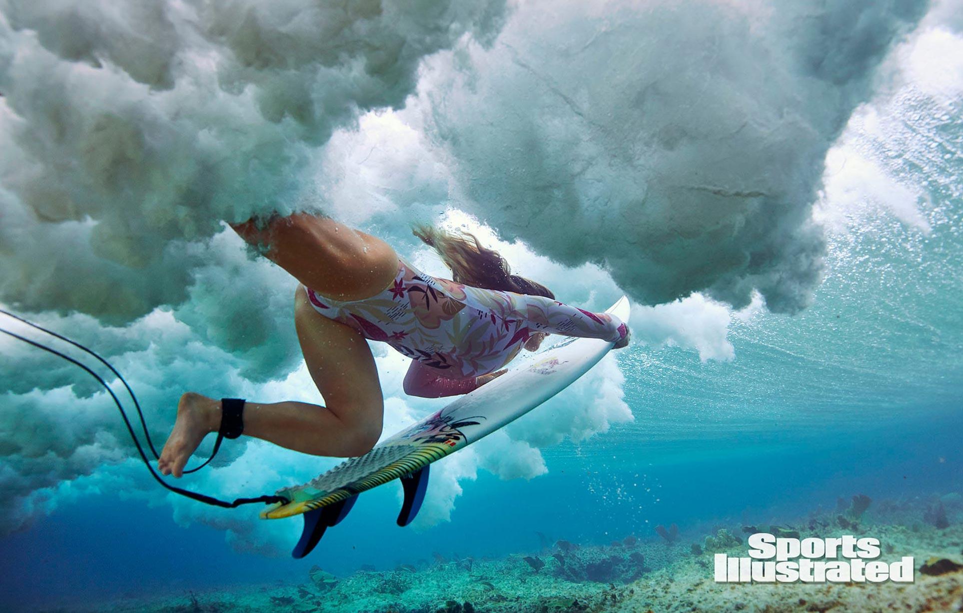 Каролина Маркс в каталоге купальников Sports Illustrated Swimsuit 2020 / фото 06