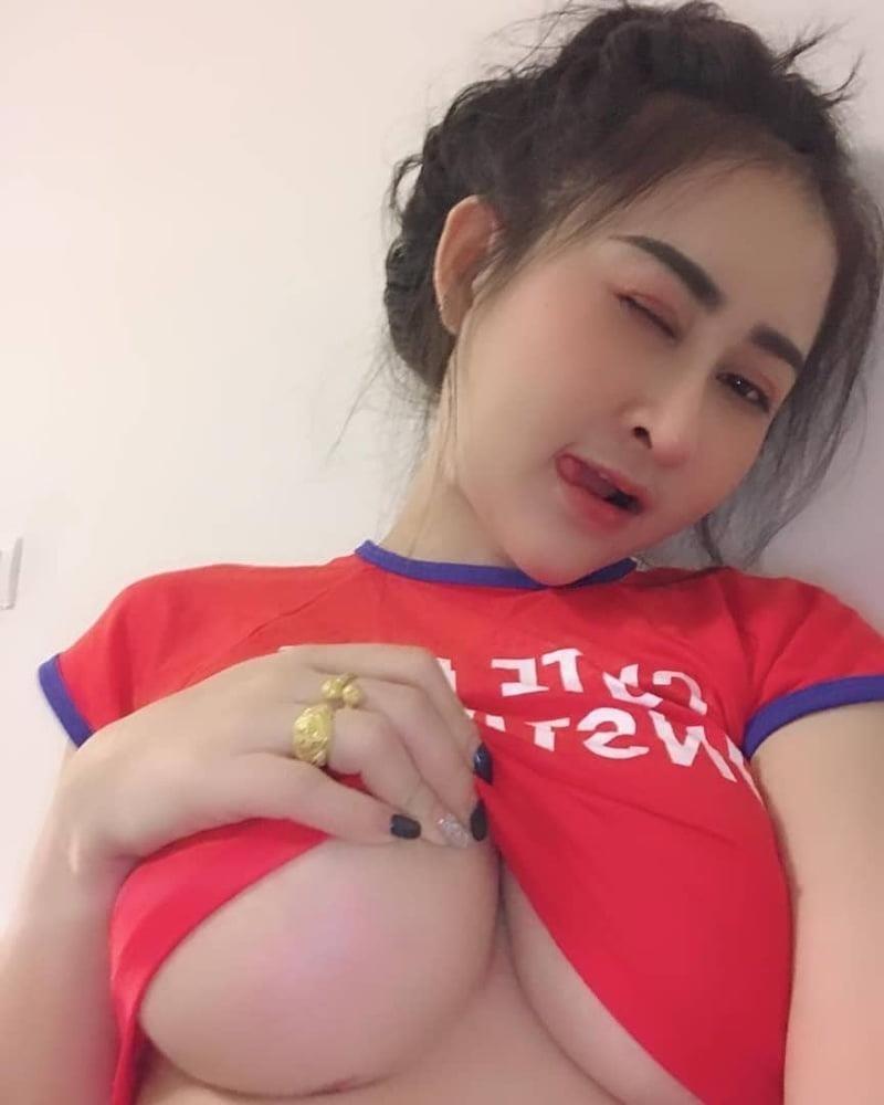 Photos of big boobs girls-9448