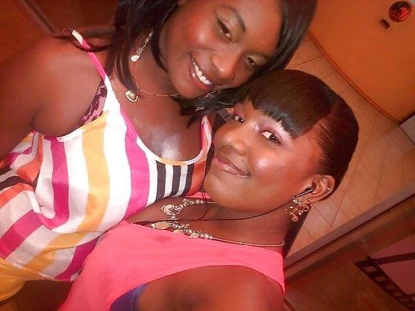 Bi ebony threesome-8349