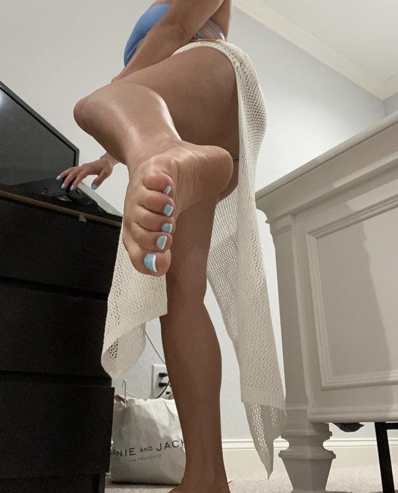 Sexy foot sucking-8714
