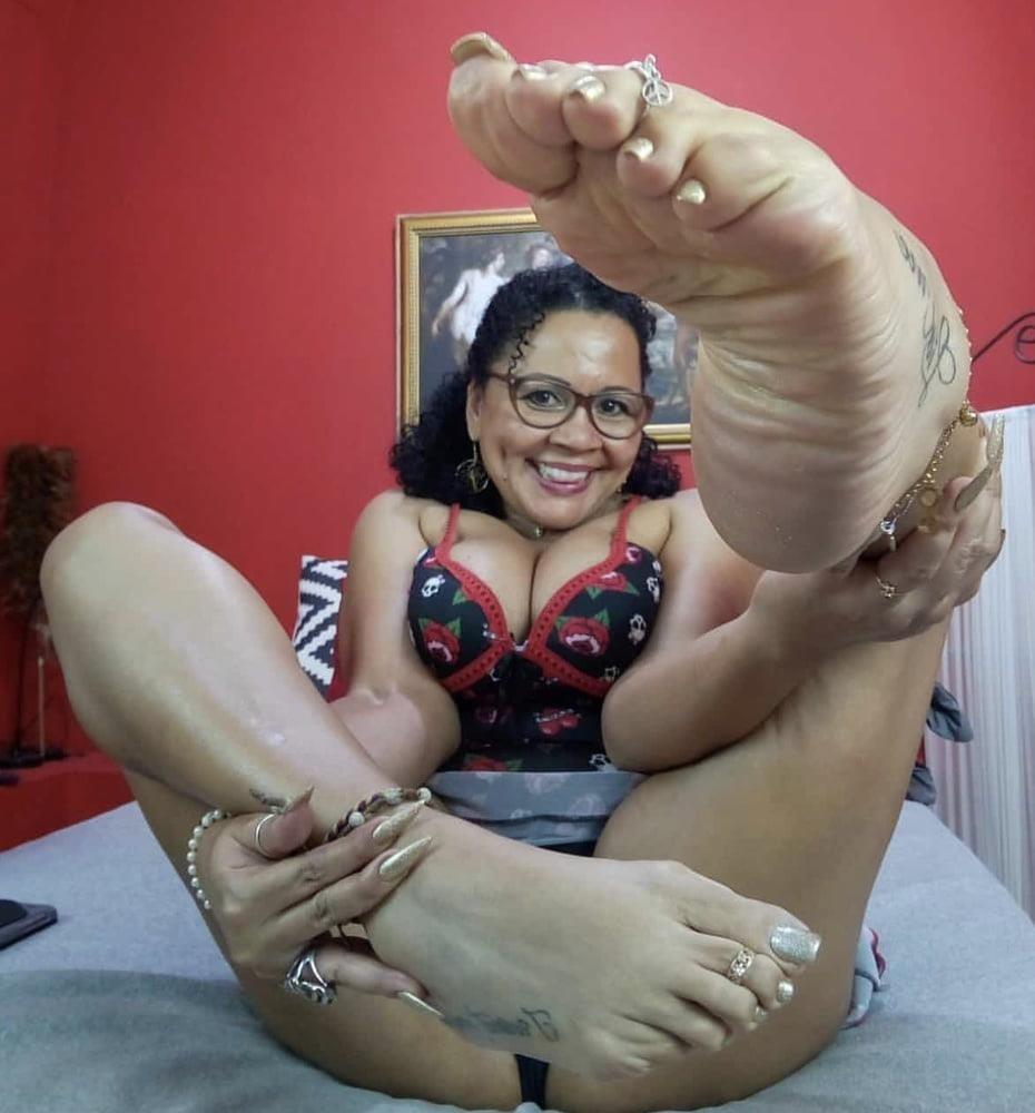 Milf toes porn-3193