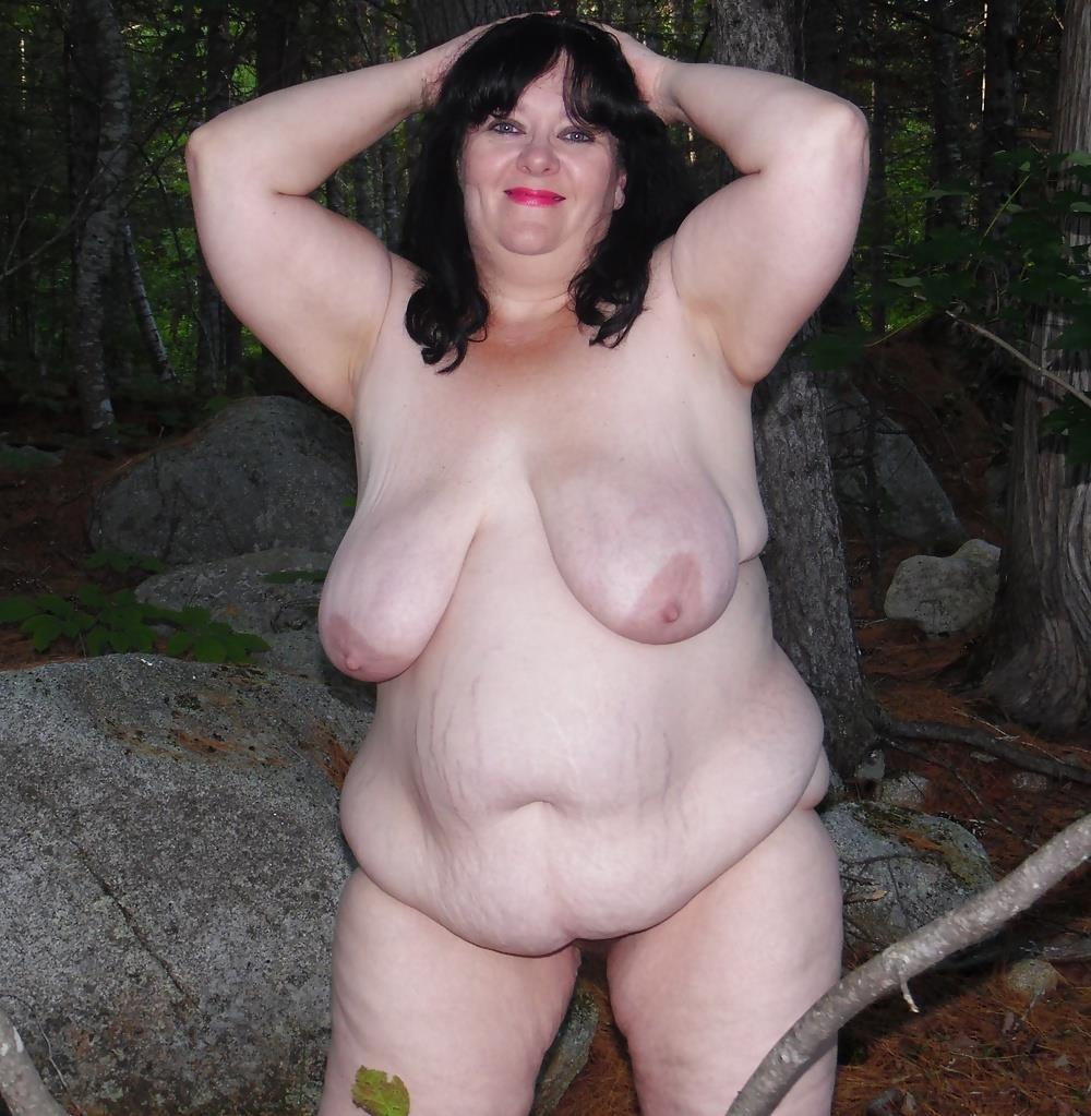 Hot mom big tits pic-2268