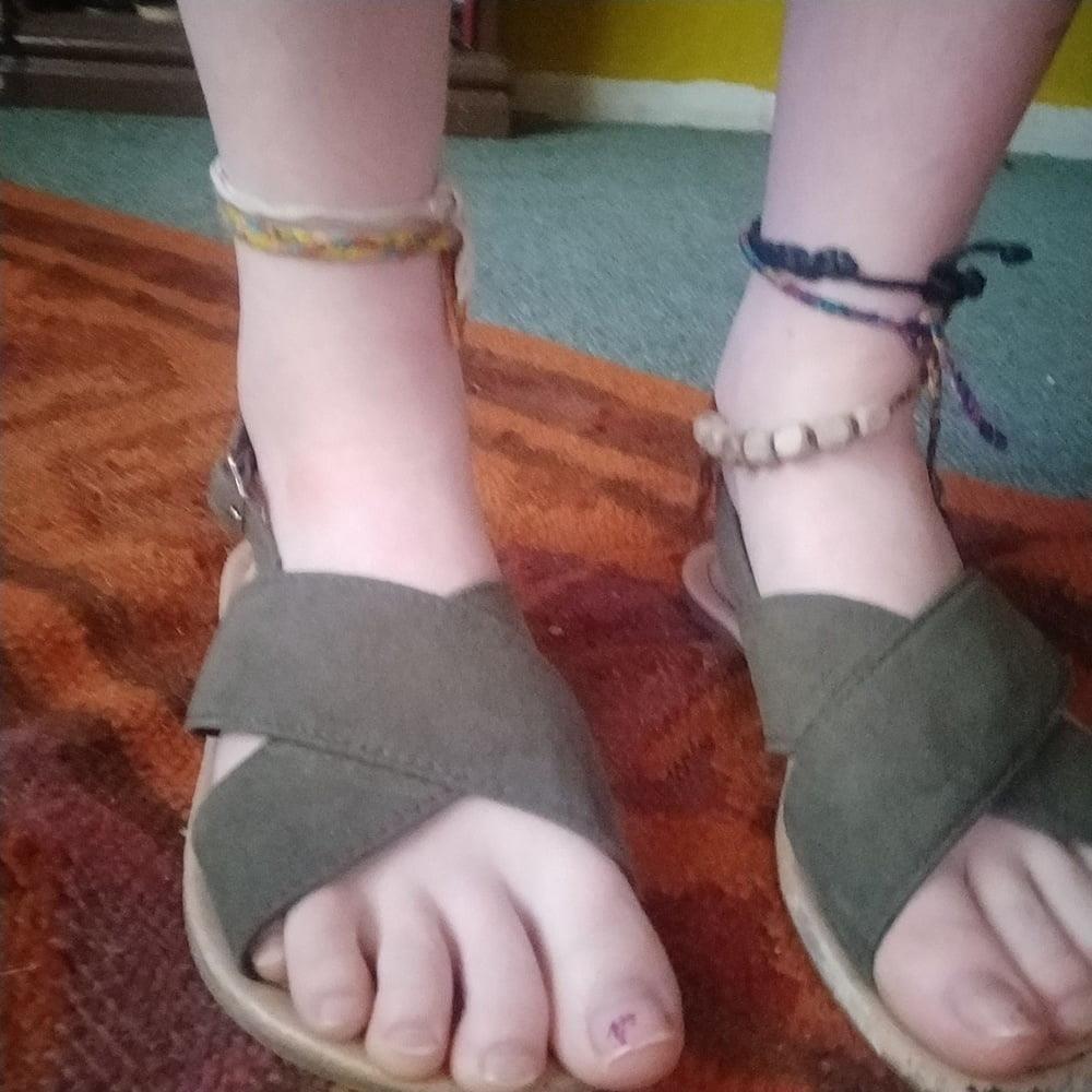 Little feet fetish-4096