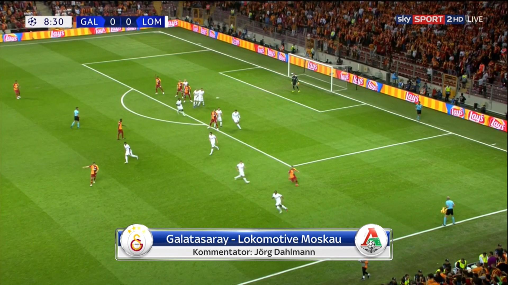 smotret-futbol-onlayn-pryamaya-translyatsiya-liga-chempionov-ntv-futbol-porno-video-zhena-ebetsya-s-lyubovnikom-pri-muzhe