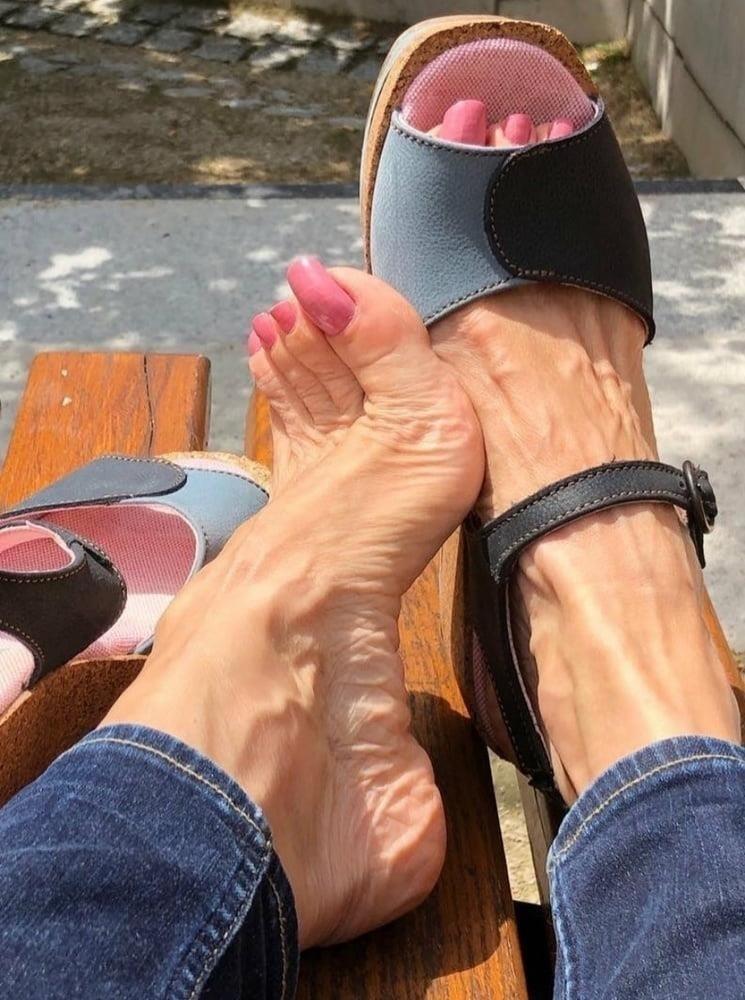 Hot feet domination-1658