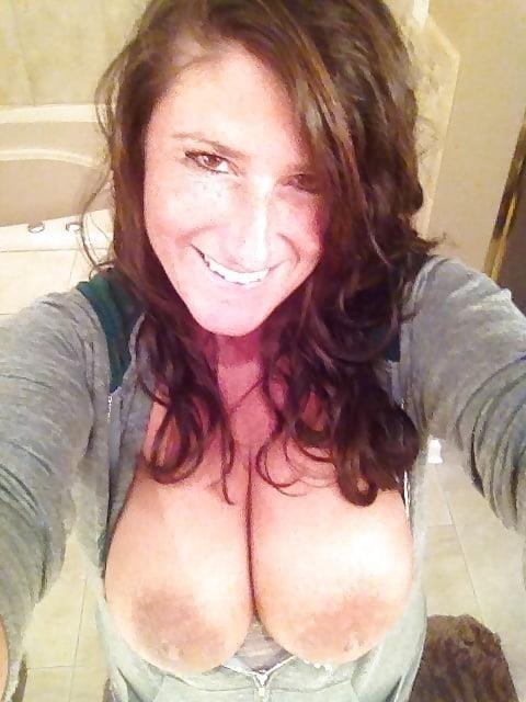 Big tit milf selfies-6503