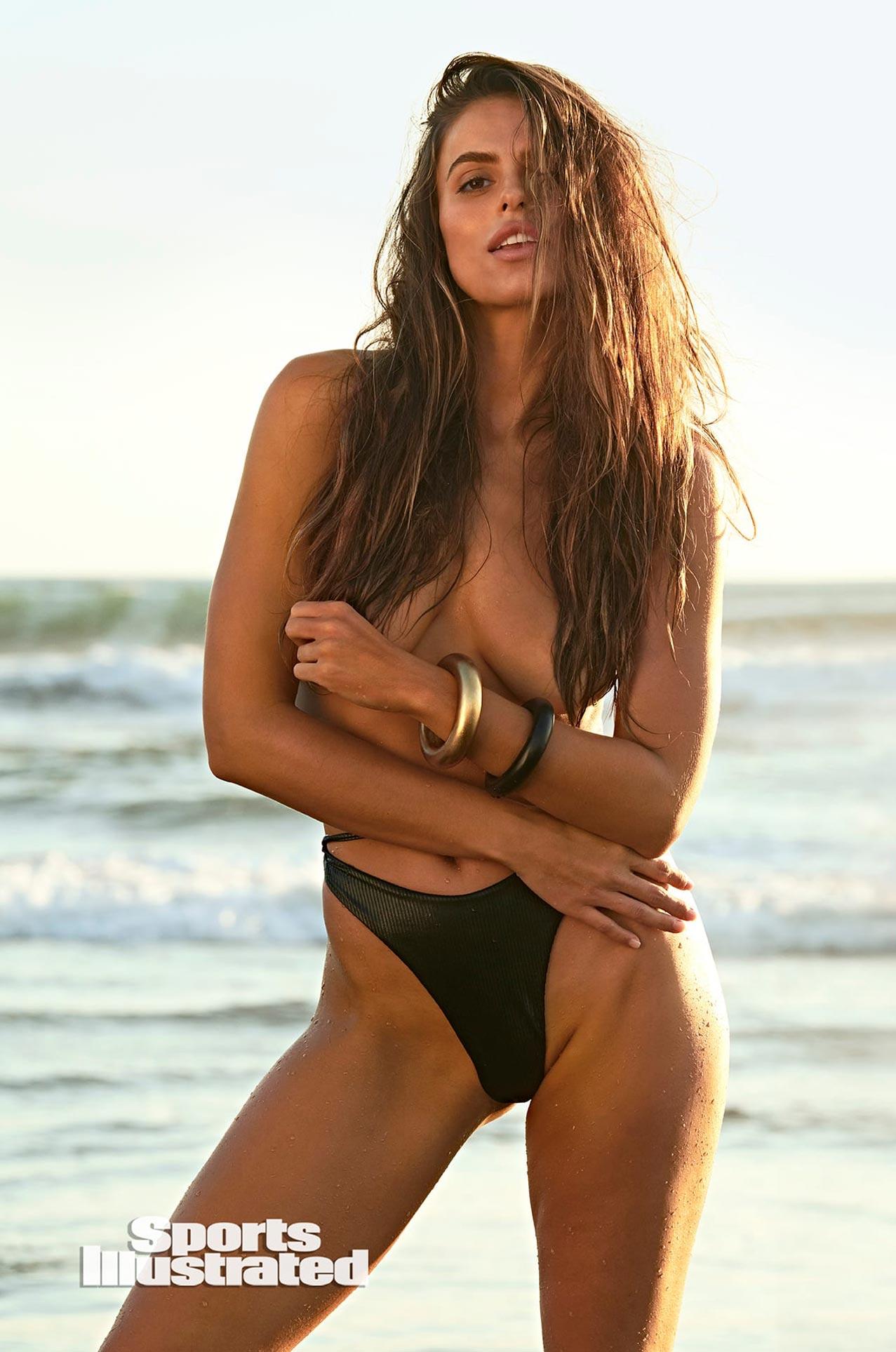 Брукс Надер в каталоге купальников Sports Illustrated Swimsuit 2020 / фото 25