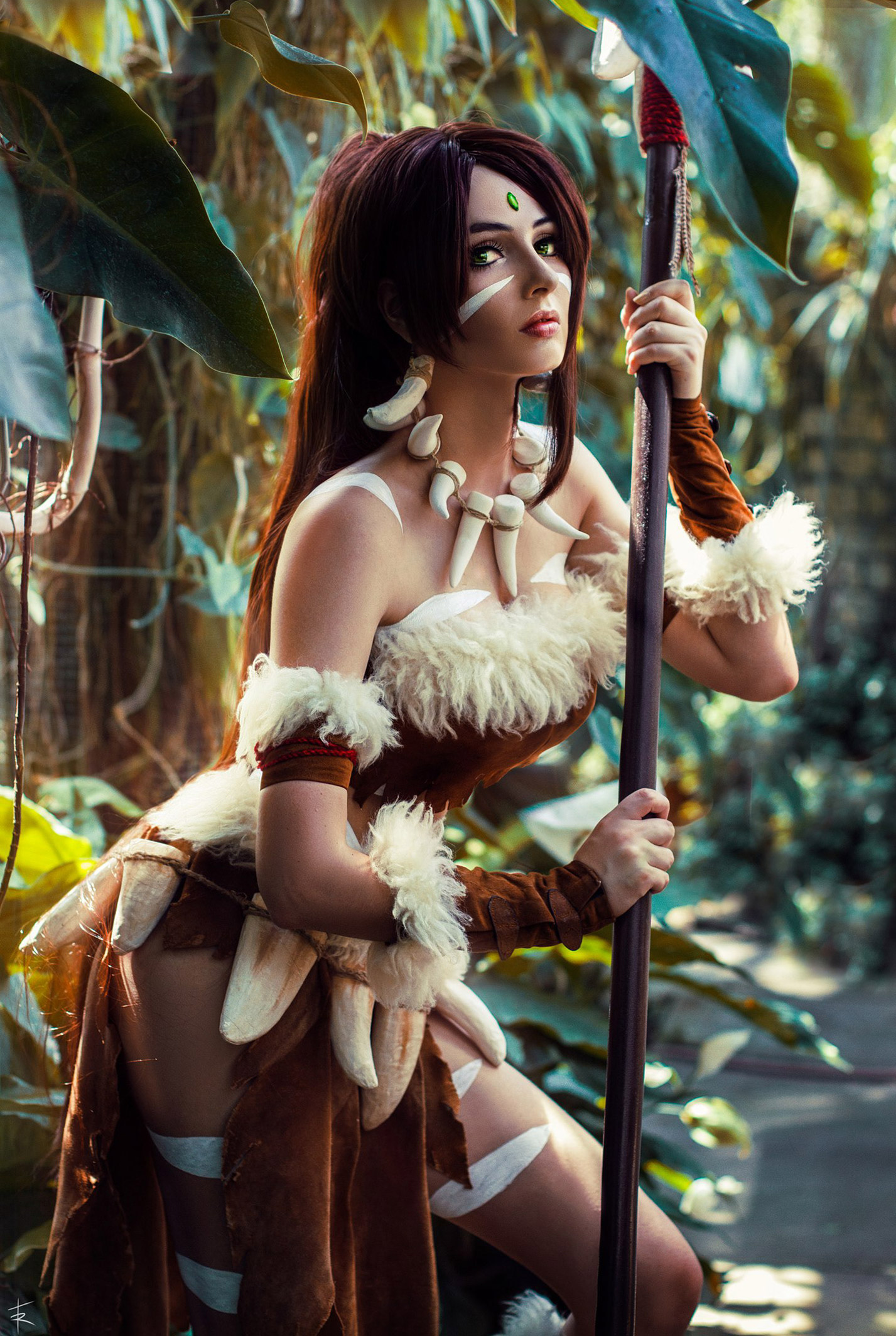 Cosplay / Bellatrix Aiden в роли Дикой охотницы Nidalee из вселенной League of Legends / фотограф Tim Rise