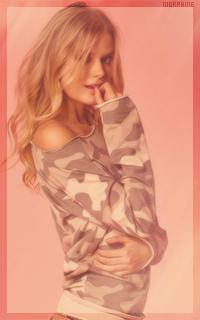 Alena Blohm - Page 2 EwH0yjFq_o
