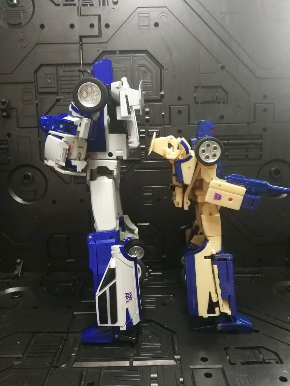 [X-Transbots] Produit Tiers - Jouets Berserkars forme Monolith (MX-XIII à MX-VII) - aka Stunticons forme Menasor/Menaseur - Page 6 P0iNkESE_o