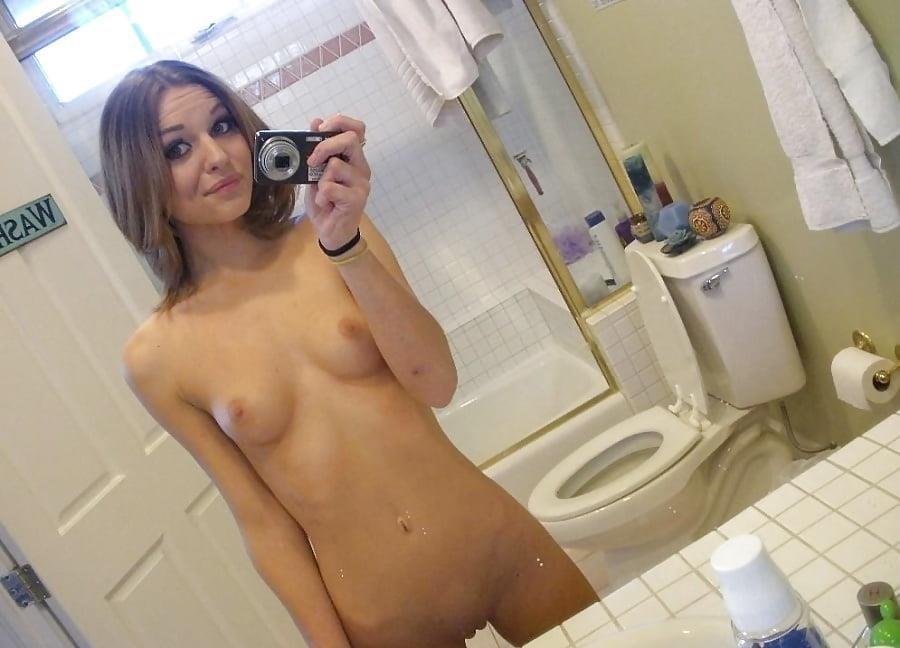 Real girls naked selfies-1063
