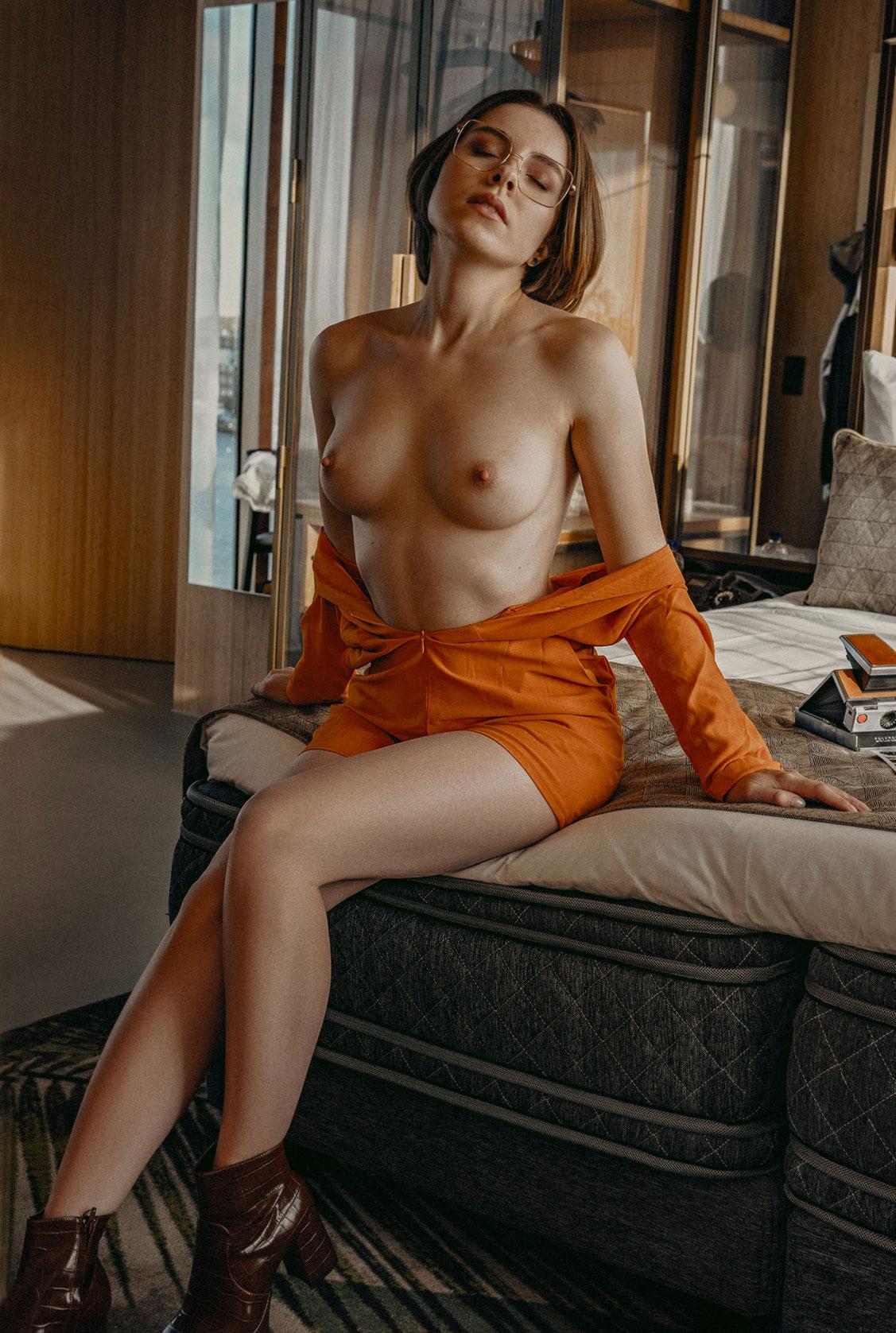 Сексуальное одиночество Кати Хромиа / фото 08