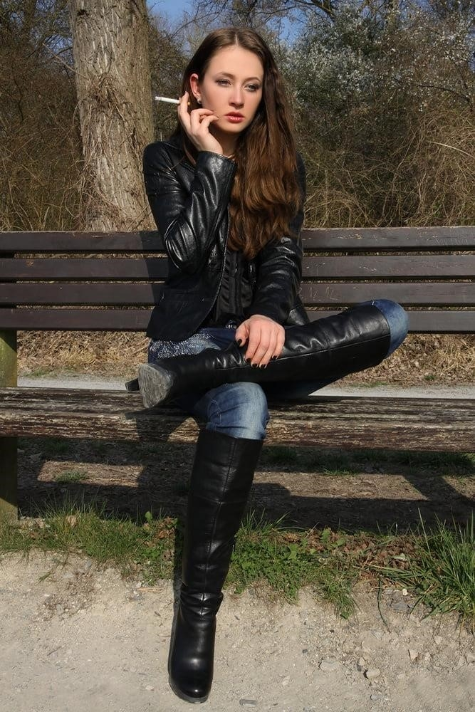 Divided jean jacket-6750