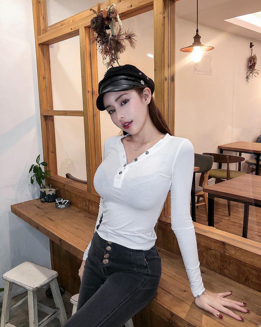 XUkiJ3DU o - IG正妹—李薇