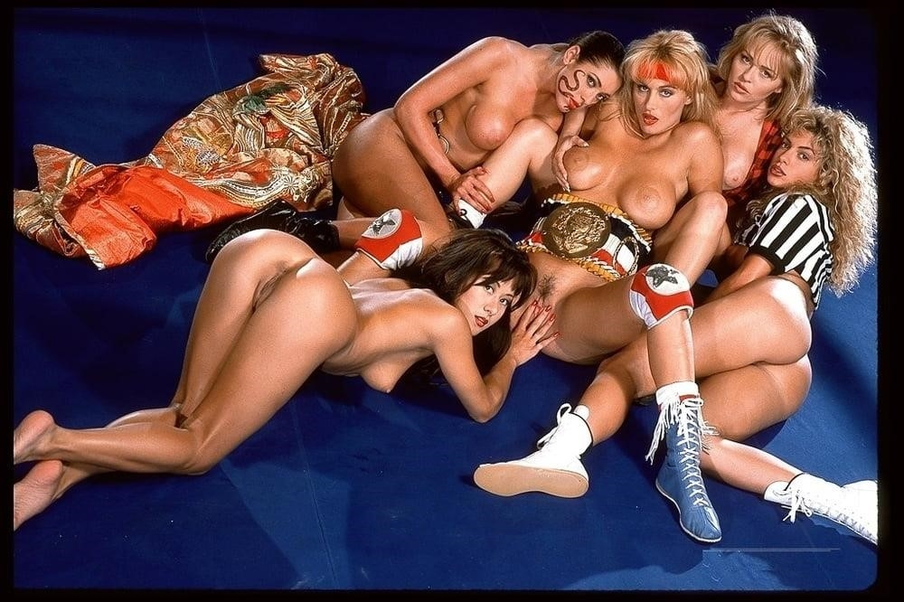 Lesbian strapon wrestling-8314