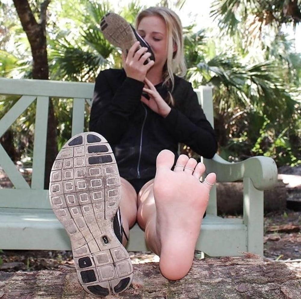 Shoe smell fetish-5801