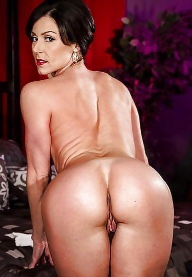Beautiful naked mature men-7202