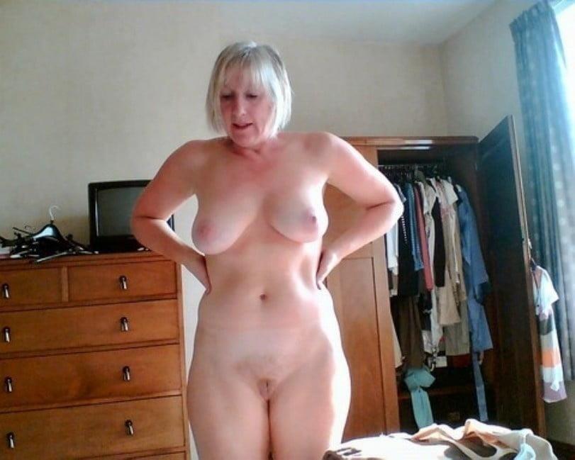 Private mature nude pics-8425