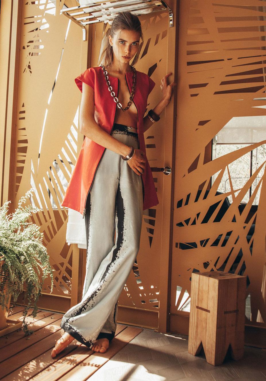 Анна Штольц тестирует модную одежду / фото 17