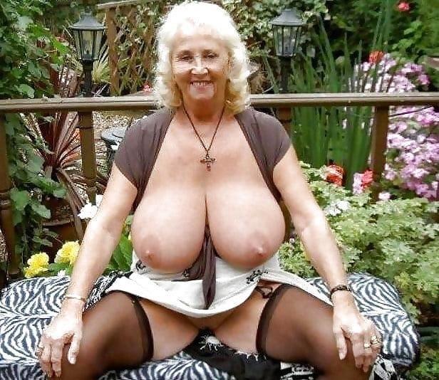 Natural tits nipples-8234
