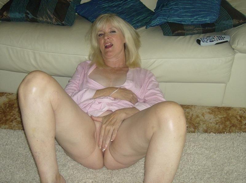 Amatuer mature wife pics-6236