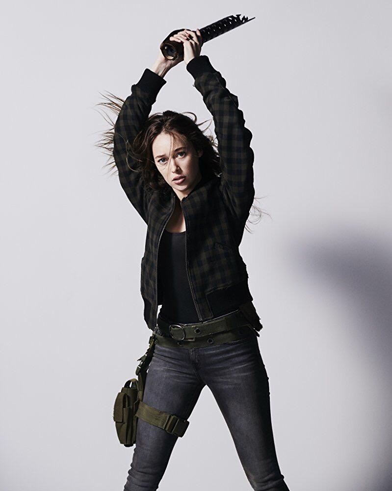 Alycia Debnam Carey Ass alycia debnam-carey - alicia clark #21: daughter. sister