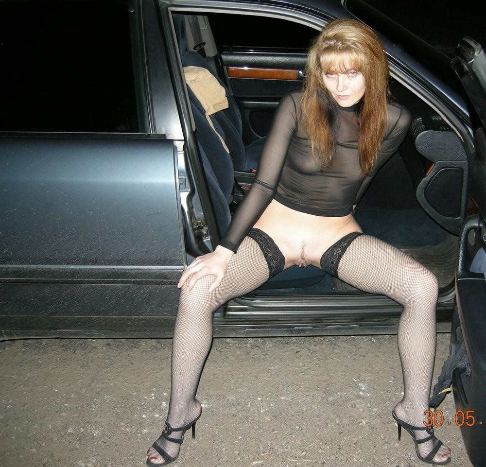 Cunnilingus in car-3903