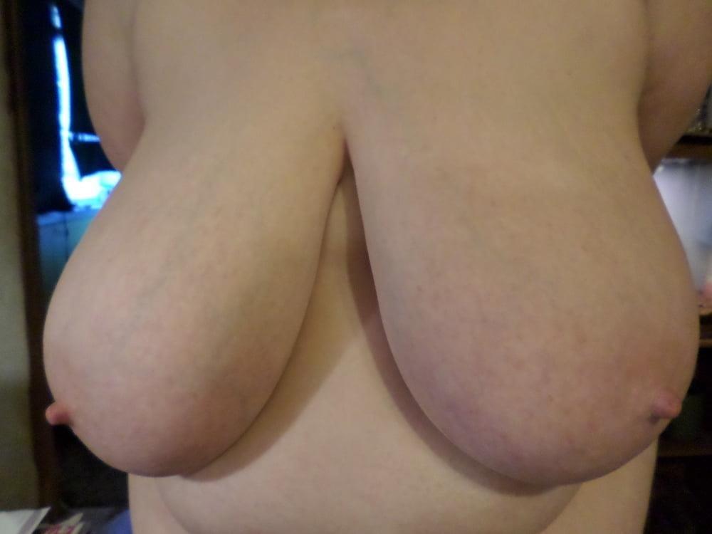 Big natural boobs big nipples-4062