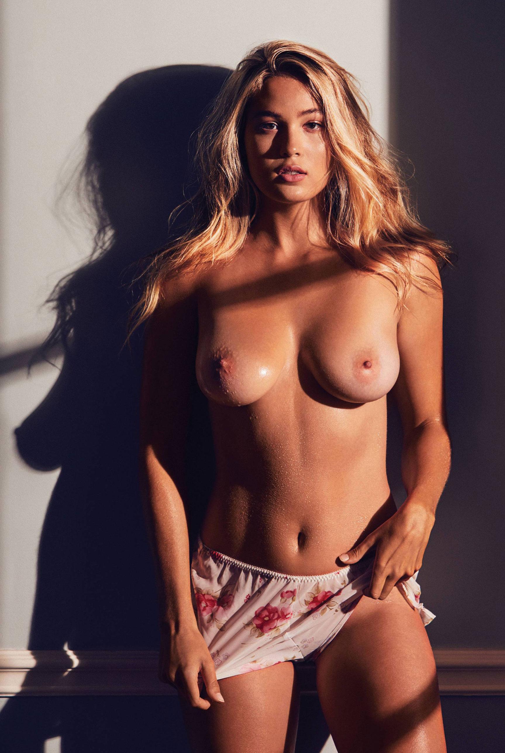 подборка фотографий сексуальных голых девушек - Megan Moore