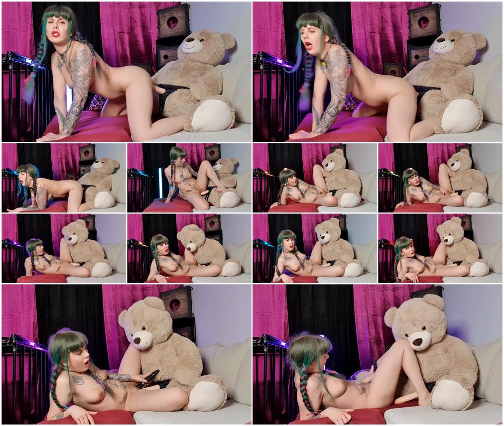 Kneecoleslaw fucks teddy bear