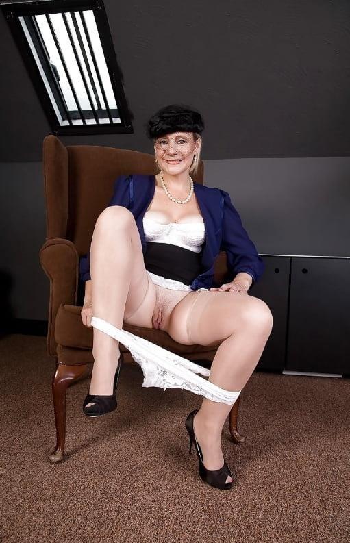 Mature high heels pictures-9690