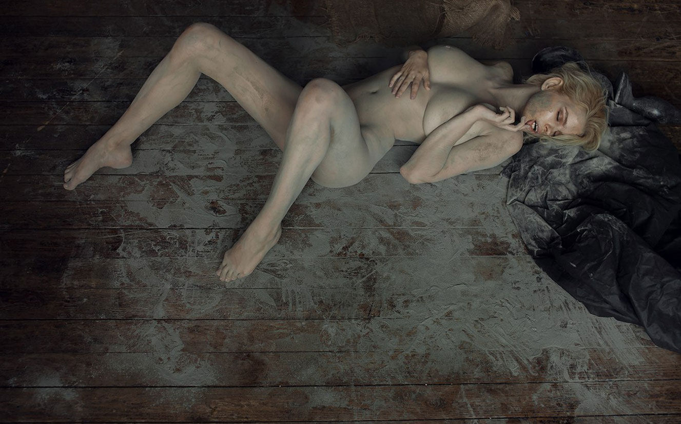 Юлия Логачева / Julia Logacheva nude and dirty by Zhak Mea