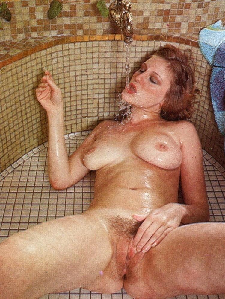 Hot sexy milf pics-9346