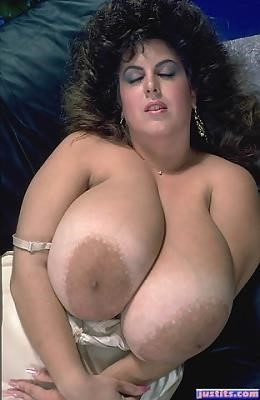 Biggest tits in the world pics-7752