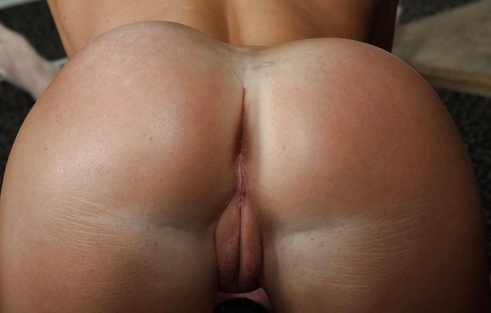 Mistress sex with slave-3865