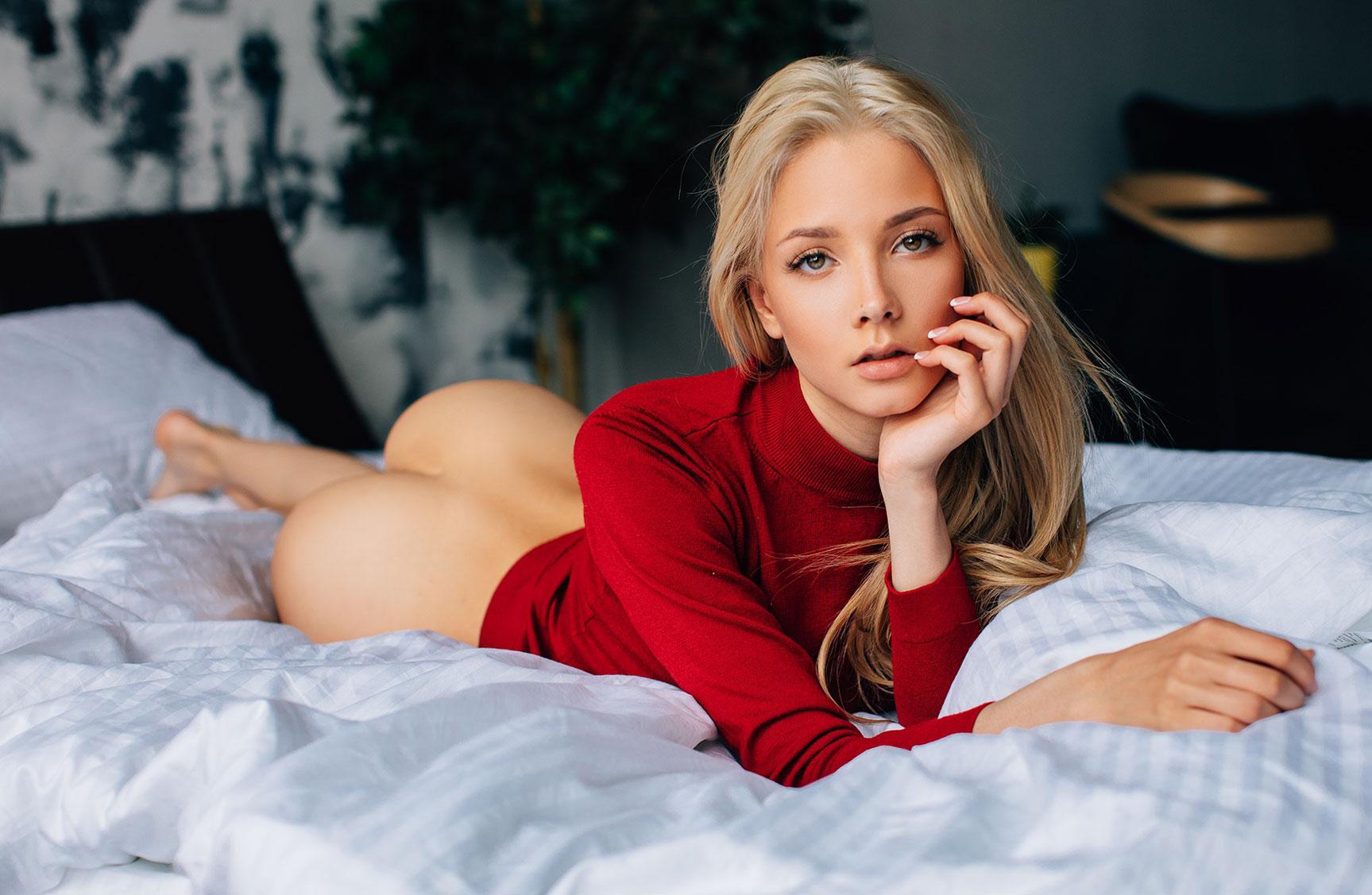Ekaterina Chernisheva / Katerina Shiryaeva nude by Alexey Trifonov